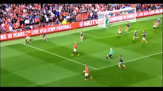 """MU lúng túng với Ibrahimovic: Quá muộn để Mourinho """"xếp hình"""""""