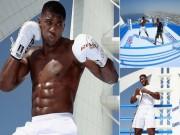 """""""Vua boxing"""" Joshua chơi trội: Luyện công trên võ đài hiểm nhất thế giới"""