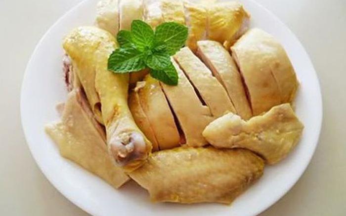 Người bị ho có nên kiêng ăn tôm, cua, cá, hải sản, gà? - 1