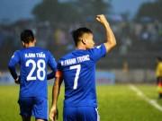 Quảng Nam - TP.HCM: Thẻ đỏ, penalty & cú đánh đầu trái phá