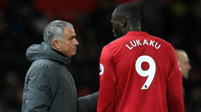 """""""Côn đồ"""" Lukaku hiện hình: 1 bàn/6 trận, MU – Mourinho khó vô địch - 2"""