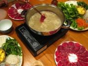 Cách làm lẩu bò nhúng giấm chua ngọt ngon không cưỡng nổi