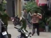 Phó Công an phường bị kẻ ngổ ngáo cầm bóng điện đâm trọng thương