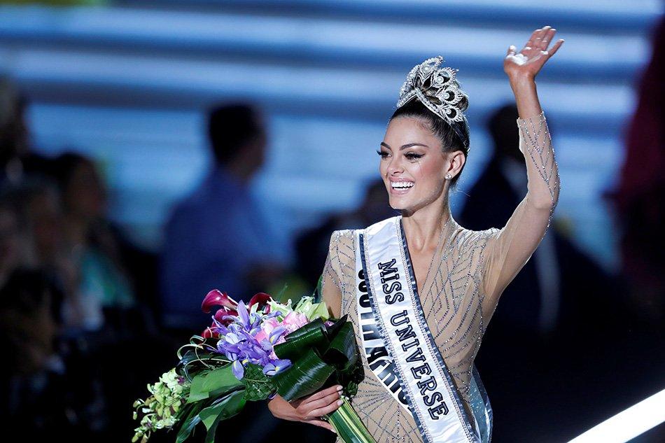 Vẻ nóng bỏng của mỹ nữ Nam Phi đăng quang Hoa hậu Hoàn vũ - 1
