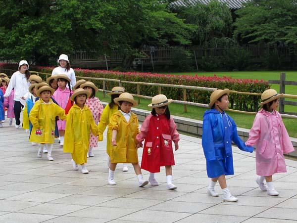 Sự khác biệt khiến cả thế giới ngưỡng mộ cách dạy con của người Nhật - 1