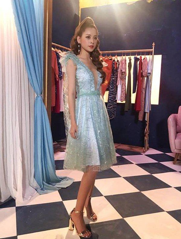 Váy áo đẹp như công chúa, Chi Pu vẫn bị soi vì sự cố hớ hênh trong MV mới - 6
