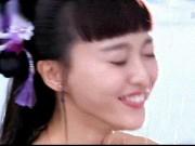 """Ngắm  """" siêu vòng 1 """"  Liễu Nham, Angelababy diện áo yếm lả lơi"""