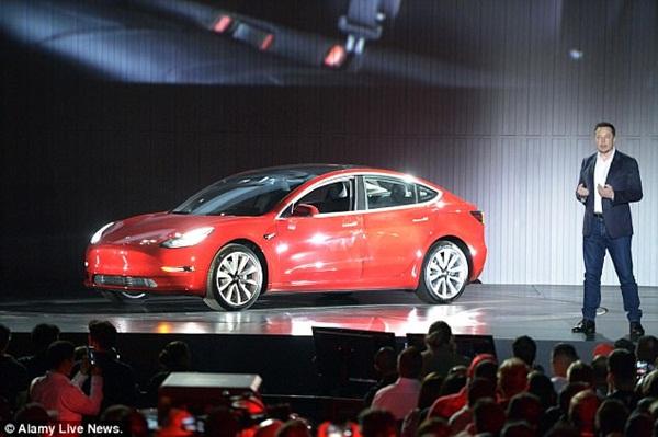 'Người hùng' công nghệ Elon Musk ê chề vì thất bại - 3