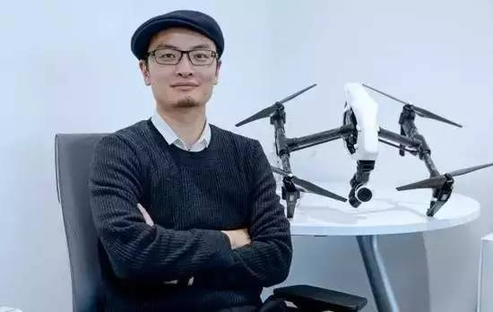Fan của Steve Jobs: Khởi nghiệp từ ký túc xá, nay thành ông trùm đế chế máy bay mô hình - 1
