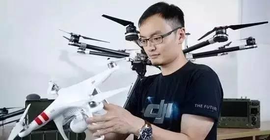 Fan của Steve Jobs: Khởi nghiệp từ ký túc xá, nay thành ông trùm đế chế máy bay mô hình - 2