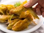 Tuyệt chiêu làm gà nướng muối vàng ươm, thơm phức không cần lò nướng