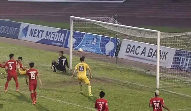 SLNA - B. Bình Dương: Sân Vinh nổ tung tiệc 6 bàn (Chung kết lượt về Cúp quốc gia) - 2