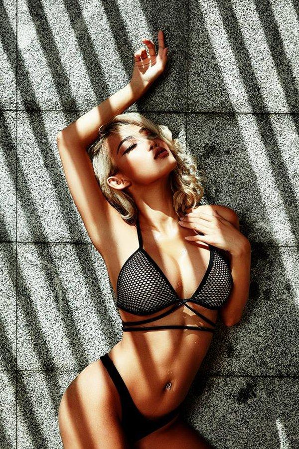 """Nữ DJ Việt """"nghiện"""" quần siêu ngắn, bikini bé xíu vì sở hữu vòng 3 đẹp nhất - 8"""