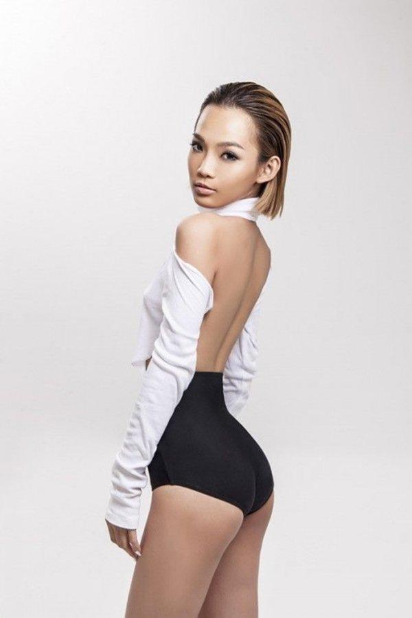 """Nữ DJ Việt """"nghiện"""" quần siêu ngắn, bikini bé xíu vì sở hữu vòng 3 đẹp nhất - 11"""