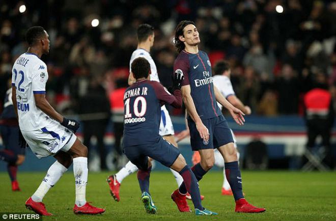 """PSG - Troyes: Neymar, Cavani """"gánh team"""" và 2 bộ mặt trái ngược - 1"""