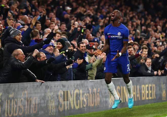 Chelsea - Swansea: Đánh đầu cháy lưới, thắng lợi vất vả - 1