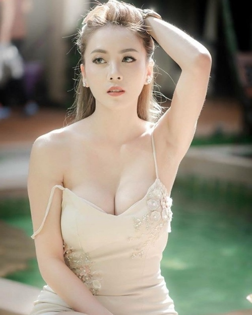 Yêu ngay từ cái nhìn đầu tiên mẫu nội y Thái xinh như hoa hậu - 1