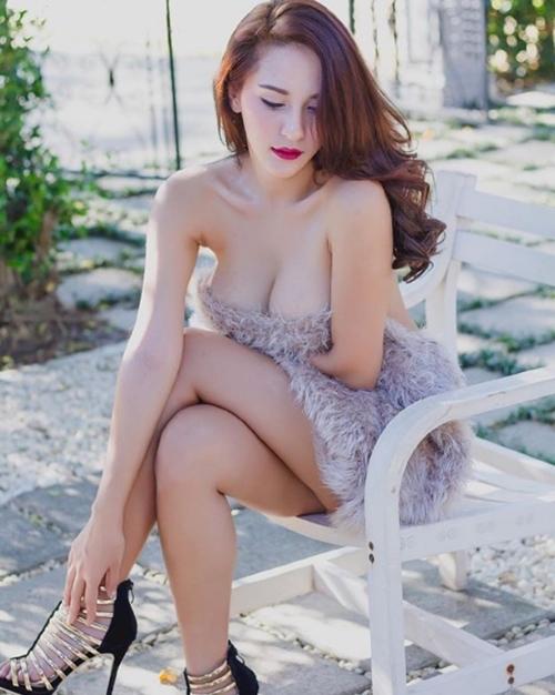 Áo ấm không nội y - độc chiêu quyến rũ mới của phái đẹp châu Á - 3