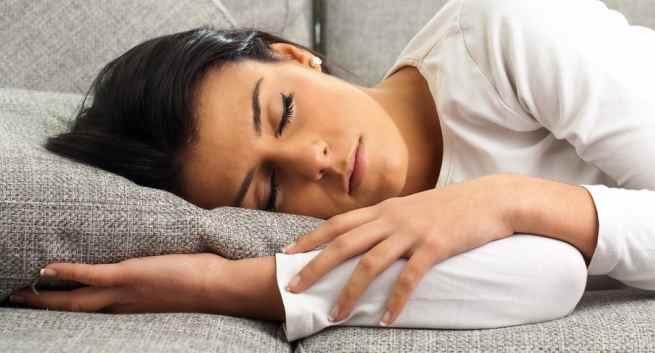 Những điều cần biết về hiện tượng giật mình lúc ngủ - 1