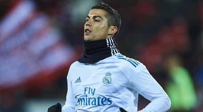 Lộ tin Ronaldo chắc chắn đoạt bóng Vàng, được Messi chúc mừng - 1