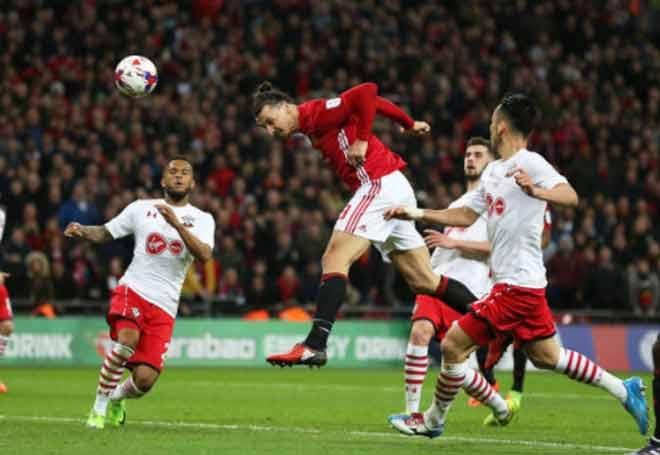 """Man City lộ yếu điểm, MU cần """"người khổng lồ"""" Ibrahimovic đá derby - 3"""