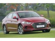 Hyundai Elantra giảm giá xuống còn 549 triệu đồng