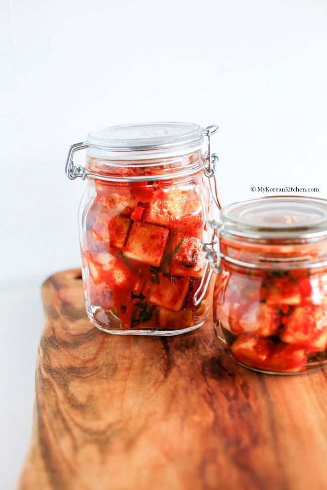 Cách làm kim chi củ cải chua chua, giòn giòn ăn gì cũng ngon - 7