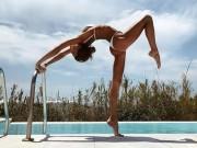 """Làm đẹp - """"Mỹ nhân yoga"""" đẹp phát hờn khi mặc bikini tập luyện"""
