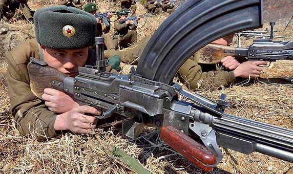 Sự đáng sợ của súng máy Type 73 cực lạ từ Triều Tiên - 3