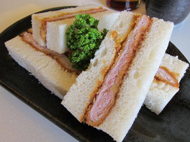 Bánh mì Việt Nam lọt top 10 món sandwich hấp dẫn nhất thế giới - 7