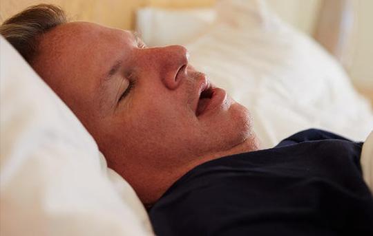 """5 lý do khiến quý ông """"yếu"""" trên giường - 3"""