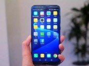 Ra mắt smartphone có chip AI và Animoji tốt hơn iPhone X, nhưng bằng nửa giá