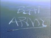 Video: Tàu sân bay 100.000 tấn Mỹ rẽ ngoặt, vẽ chữ trên biển