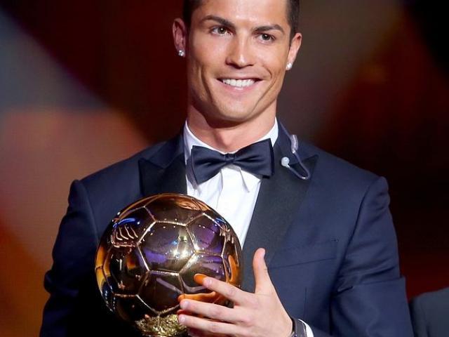 """Quả bóng Vàng 2017: """"Siêu nhân"""" Ronaldo và ngôi sao 5 cánh lấp lánh"""
