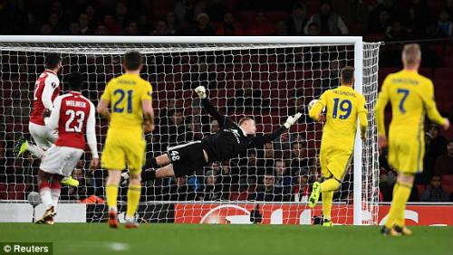 Chi tiết Arsenal - BATE Borisov: Giroud hụt cú đúp, Emirates vẫn tưng bừng (KT) - 8
