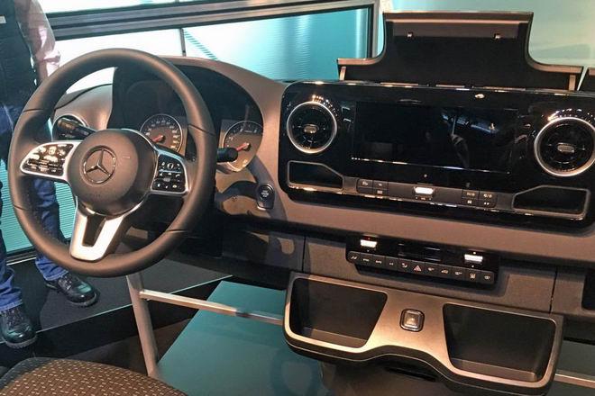 Mercedes Sprinter 2018 sẽ là xe van hiện đại nhất thế giới - 3