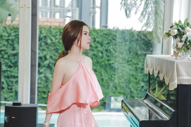 Người mẫu kiêm doanh nhân Diễm Thúy tung MV đầu tay - 1