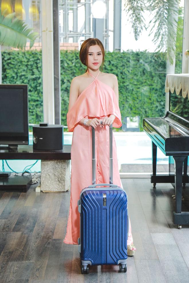 Người mẫu kiêm doanh nhân Diễm Thúy tung MV đầu tay - 2