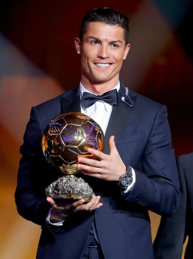 """Quả bóng Vàng 2017: """"Siêu nhân"""" Ronaldo và ngôi sao 5 cánh lấp lánh - 1"""