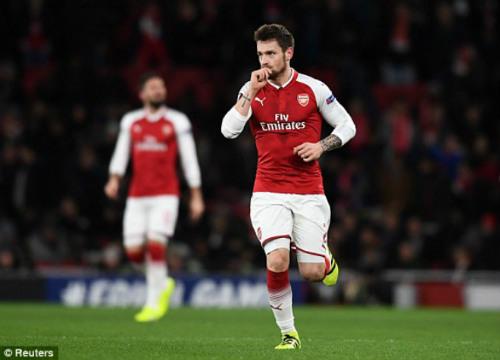 Chi tiết Arsenal - BATE Borisov: Giroud hụt cú đúp, Emirates vẫn tưng bừng (KT) - 6