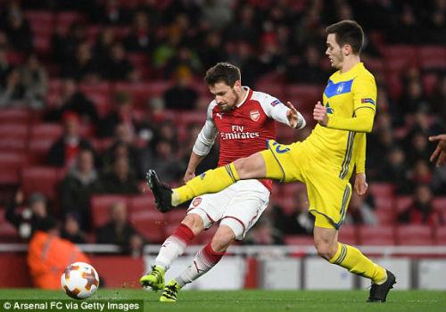 Chi tiết Arsenal - BATE Borisov: Giroud hụt cú đúp, Emirates vẫn tưng bừng (KT) - 5