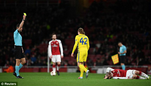 Chi tiết Arsenal - BATE Borisov: Giroud hụt cú đúp, Emirates vẫn tưng bừng (KT) - 7