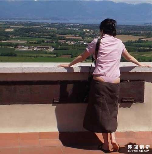 Kiểu mặc hớ hênh của con gái Trung Quốc gây xôn xao - 3