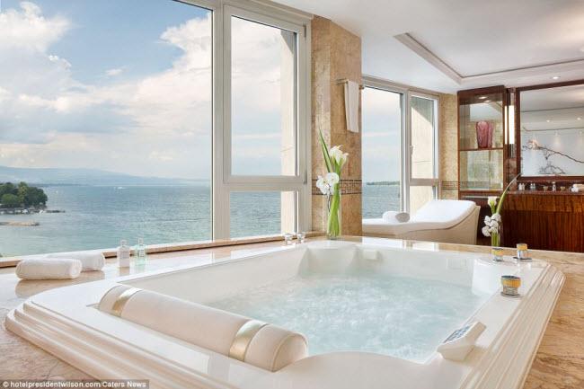Có gì bên trong phòng khách sạn đắt nhất thế giới? - 9