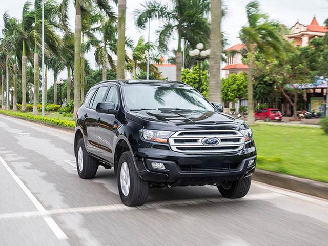 Ford Everest Ambiente sắp bán ở Việt Nam có gì hay? - 1