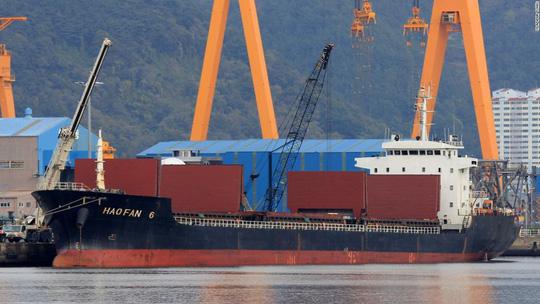 Bí ẩn con tàu Triều Tiên bị LHQ trừng phạt rồi chạy vòng tròn - 1