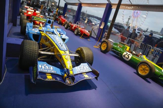 """Đua xe F1: Siêu sao quy tụ, xây """"ngôi đền"""" huyền thoại - 3"""
