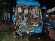 Tông xe liên hoàn trên quốc lộ 1A, 13 người thương vong