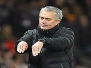 """Kinh điển MU - Man City: Mourinho sợ Sterling  """" gió thổi """"   &  tiếng còi méo"""
