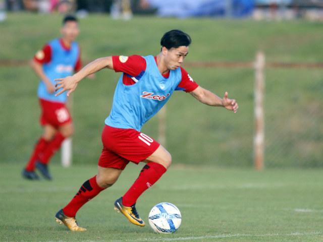 U23 Việt Nam bùng nổ: Kèo trái Quang Hải vẽ 2 kiệt tác như Messi - 1